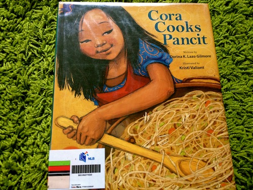 https://gatheringbooks.org/2013/06/24/monday-reading-of-sticky-rice-balls-and-pancit-cora-cooks-pancit-and-a-new-years-reunion/