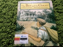 https://gatheringbooks.wordpress.com/2013/10/14/monday-reading-southern-ghosts/
