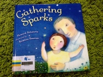https://gatheringbooks.wordpress.com/2013/12/05/of-sparks-and-stars/