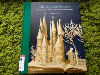 https://gatheringbooks.wordpress.com/2014/02/03/monday-reading-of-rackhams-fairy-tales-and-blackwells-book-art/