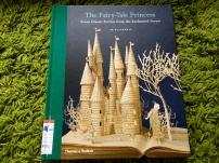 https://gatheringbooks.wordpress.com/2014/02/03/monday-reading-of-rackhams-fairy-tales-and-blackwells-book-art/