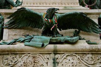 https://gatheringbooks.wordpress.com/2014/04/08/photo-journal-a-z-photo-story-challenge-n-is-for-nemzeti-museum-budapest/