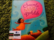 https://gatheringbooks.wordpress.com/2014/03/24/monday-reading-little-girls-magic-bubbles-and-family-histories/
