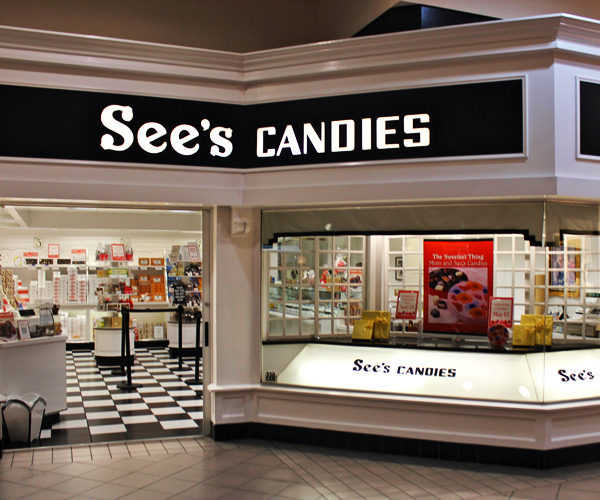 See's Candies is my favorite sweetshop when I was living in San Diego. The store in the photo is in Burbank, CA.