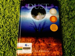 https://gatheringbooks.org/2014/07/26/saturday-reads-colin-thompson-and-save-the-children-in-dust/