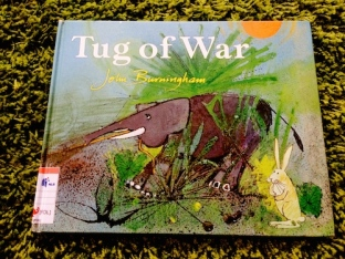 https://gatheringbooks.org/2014/08/18/monday-reading-war-and-animals-in-picturebooks-and-graphic-novel-feathers-and-fools-gleam-and-glow-tug-of-war-and-pride-of-baghdad/