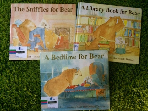 https://gatheringbooks.org/2015/01/31/saturday-reads-bedtime-sniffles-and-library-book-for-bear-and-mouse-a-3-in-1-special/