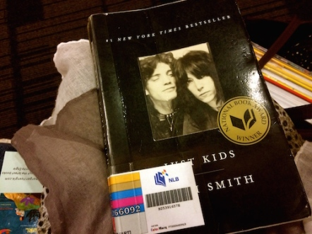 https://gatheringbooks.org/2015/08/22/saturday-reads-an-artists-manifesto-in-patti-smiths-just-kids/