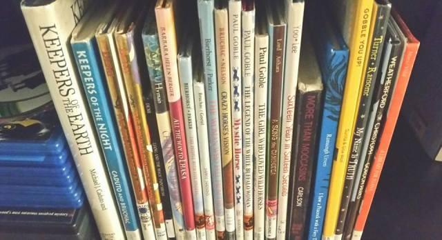 https://gatheringbooks.org/2015/08/09/bhe-171-multicultural-books-for-children/