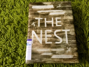 https://gatheringbooks.org/2015/12/17/an-amalgam-of-mystery-and-horror-in-middle-grade-novel-the-nest-by-kenneth-opel-with-art-by-jon-klassen/