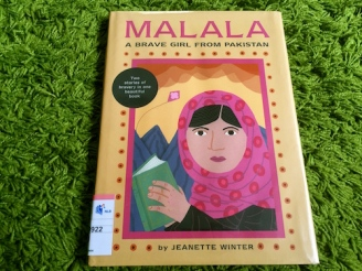 https://gatheringbooks.org/2016/03/02/nonfiction-wednesday-the-brave-girl-from-pakistan/