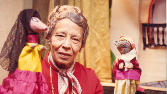 pura-belpre-with-puppets